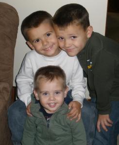3-boys-at-grandmas-trimmed-2